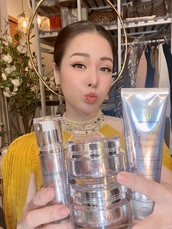 Bộ mỹ phẩm dành cho da nhạy cảm Laura Sunshine Nhật Kim Anh